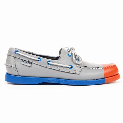 3e3209f0 Yes I know this is peer pressure but who wouldn't want to slip their feet  into these limited edition Sebago Docksides ...